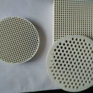 氧化铝直孔过滤网出口图片