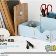 木质组合笔筒图片