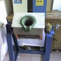 供应黄铜红铜熔炼炉,用于车床下脚料回收再加工的中频熔炼炉