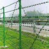 供应平面焊接刀刺网网片|水库用刀片网