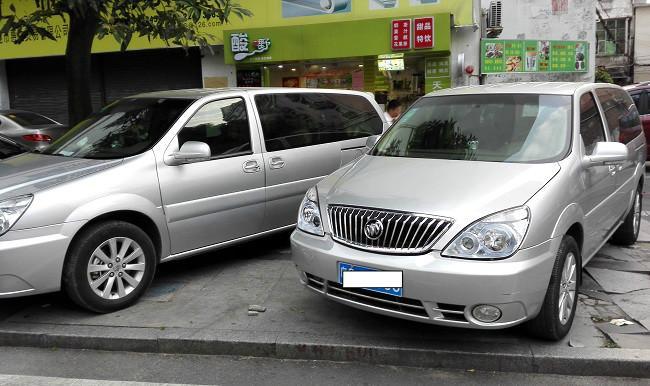 供应东莞南城哪里有中巴车出租,东莞小轿车出租,东莞商务车出租