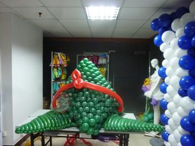 供应端午节气球装饰,气球龙舟,气球粽子。