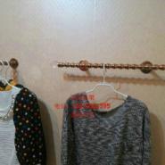 服装店高档玫瑰葫芦杆上墙展示架图片