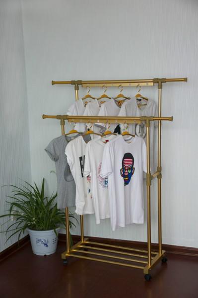 2,外衣可顺手挂在这个衣架上,方便又整齐,你让你的房子图片